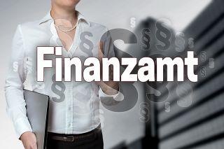 Foto: Schriftzug Finanzamt